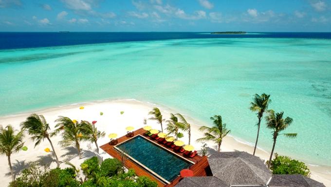 迪古法鲁岛 Dhigufaru Island Resort ,马尔代夫风景图片集:沙滩beach与海水water太美,泳池pool与水上活动watersport好玩