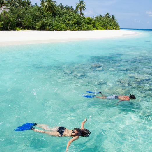 马尔代夫奥瑞格2015年8月新开业的酒店,所有房型都带无边泳池,沙屋双层阁楼,5.2米的特大无边泳池!