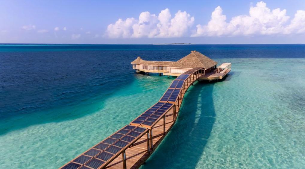 芙拉瓦丽岛 Hurawalhi Maldives ,马尔代夫风景图片集:沙滩beach与海水water太美,泳池pool与水上活动watersport好玩