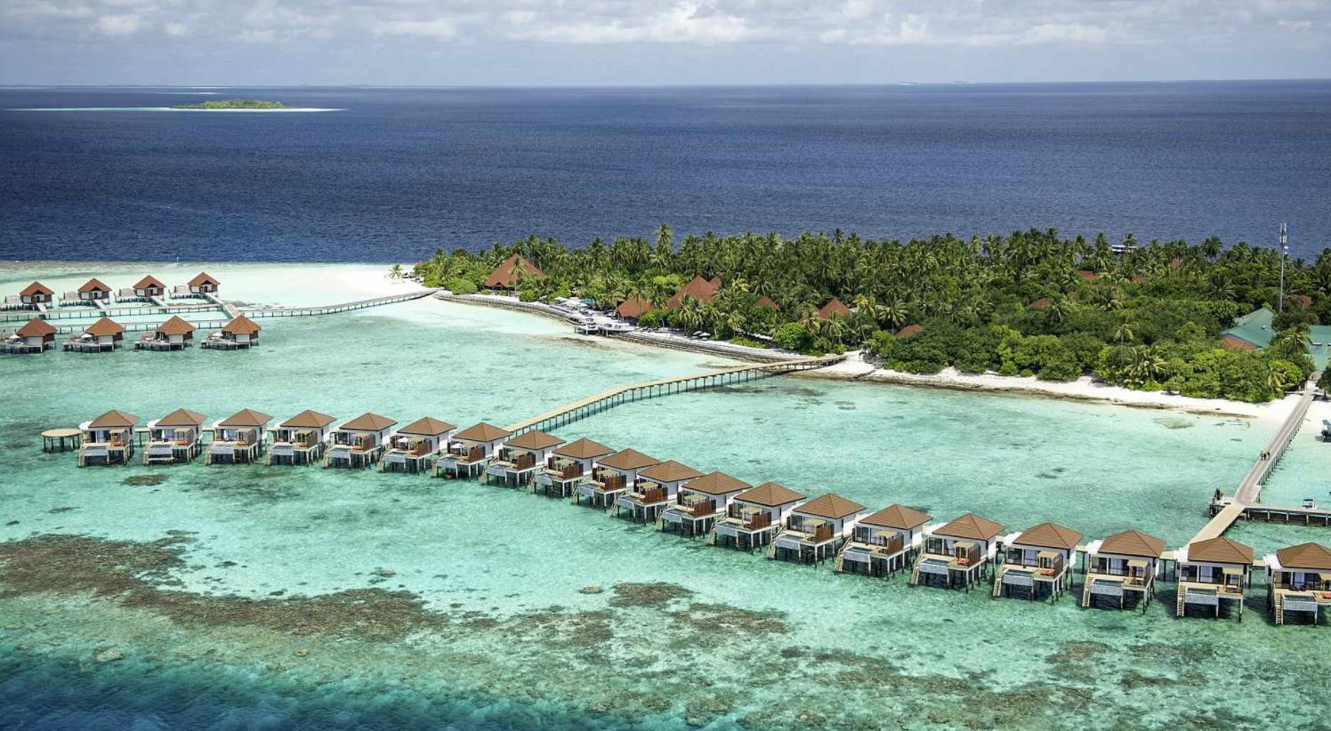 鲁宾逊|罗宾逊|鲁滨逊 Robinson Club ,马尔代夫风景图片集:沙滩beach与海水water太美,泳池pool与水上活动watersport好玩
