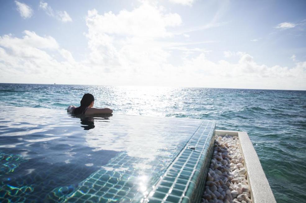 奥瑞格|卡纳塔 Outrigger Konotta ,马尔代夫风景图片集:沙滩beach与海水water太美,泳池pool与水上活动watersport好玩