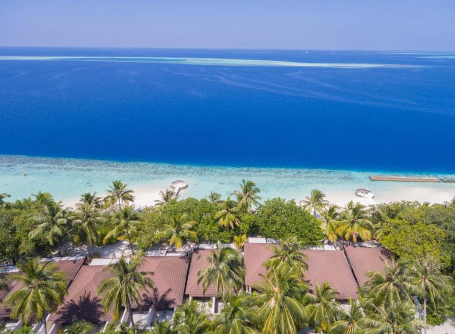 莉莉岛|丽莉岛 Lily Beach Resort ,马尔代夫风景图片集:沙滩beach与海水water太美,泳池pool与水上活动watersport好玩