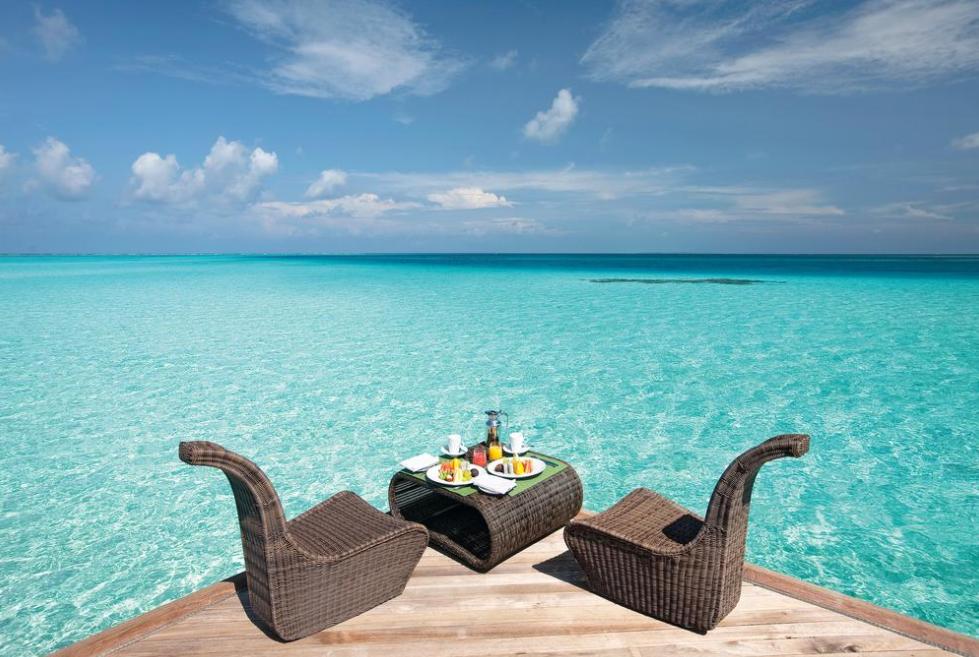 慕芙士岛 魔富士 Constance Moofushi ,马尔代夫风景图片集:沙滩beach与海水water太美,泳池pool与水上活动watersport好玩
