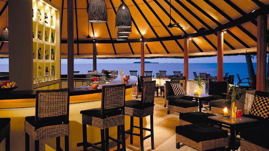 悦椿伊瑚鲁(葫芦)岛 Angsana Ihuru ,马尔代夫风景图片集:沙滩beach与海水water太美,泳池pool与水上活动watersport好玩