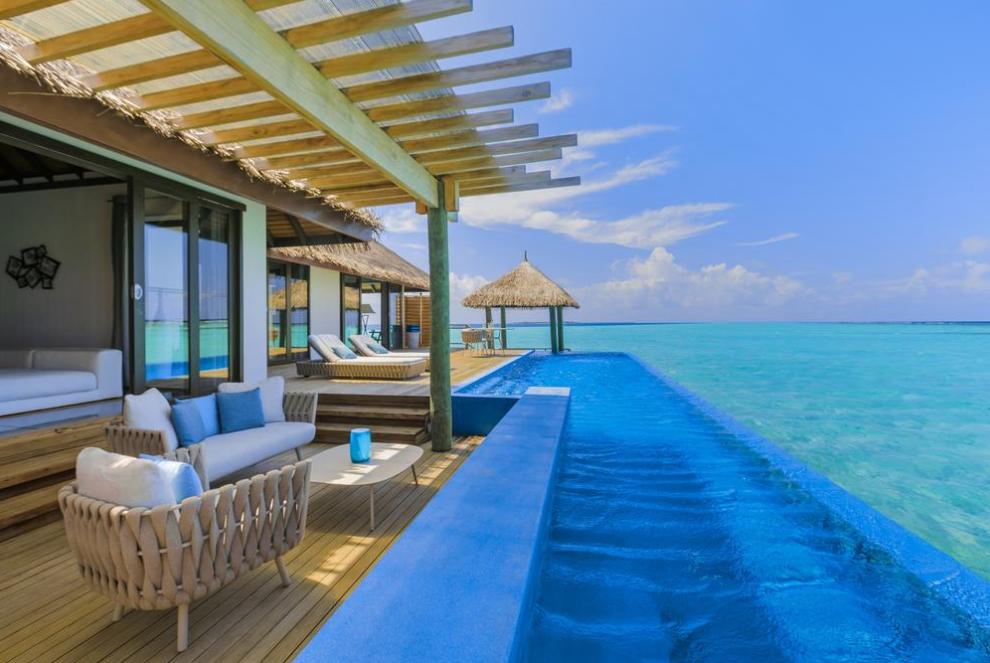 薇拉莎露岛|薇拉莎鲁 Velassaru ,马尔代夫风景图片集:沙滩beach与海水water太美,泳池pool与水上活动watersport好玩