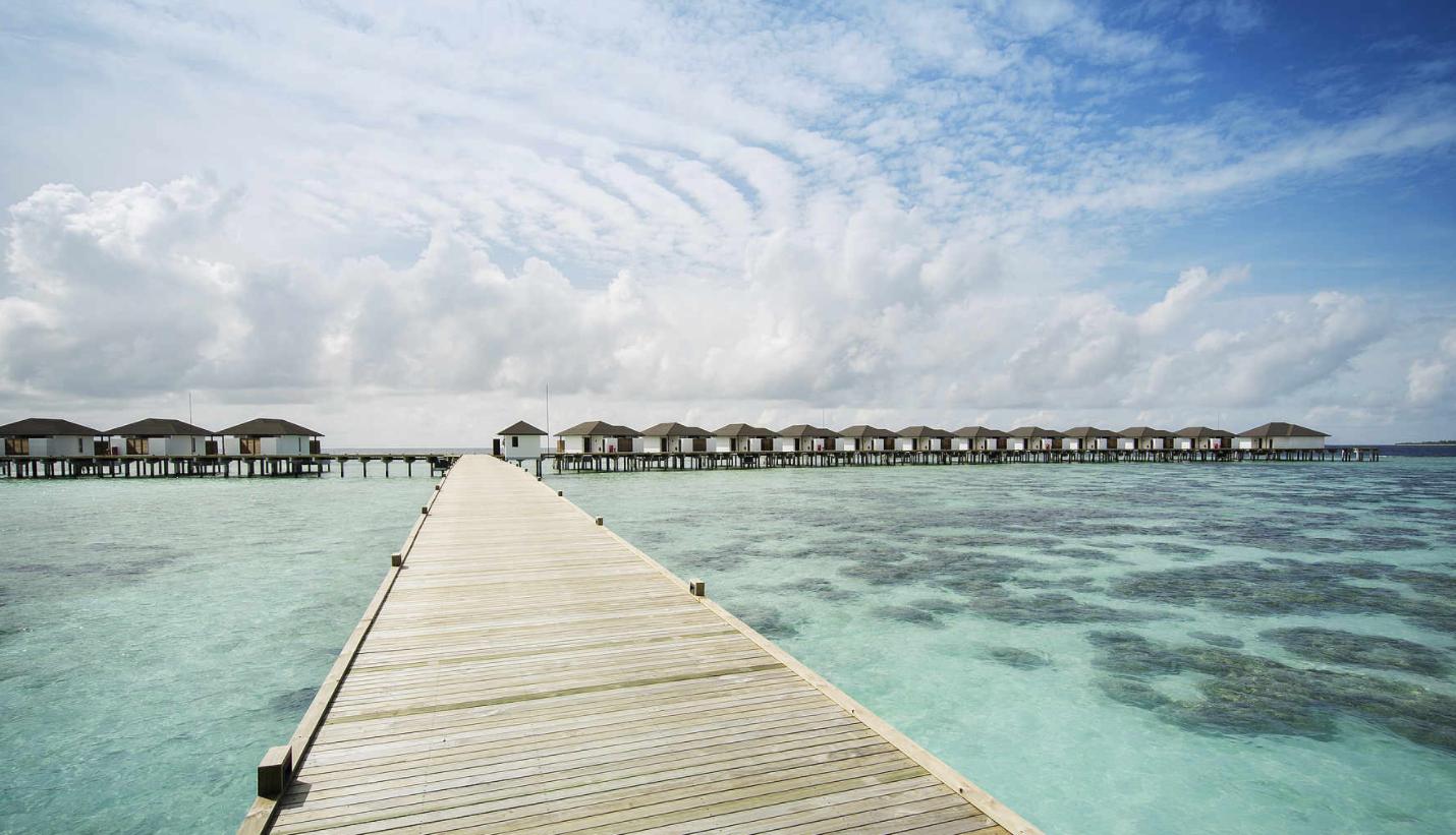 新鲁滨逊诺鲁岛|努努岛 Robinson Club Noonu ,马尔代夫风景图片集:沙滩beach与海水water太美,泳池pool与水上活动watersport好玩