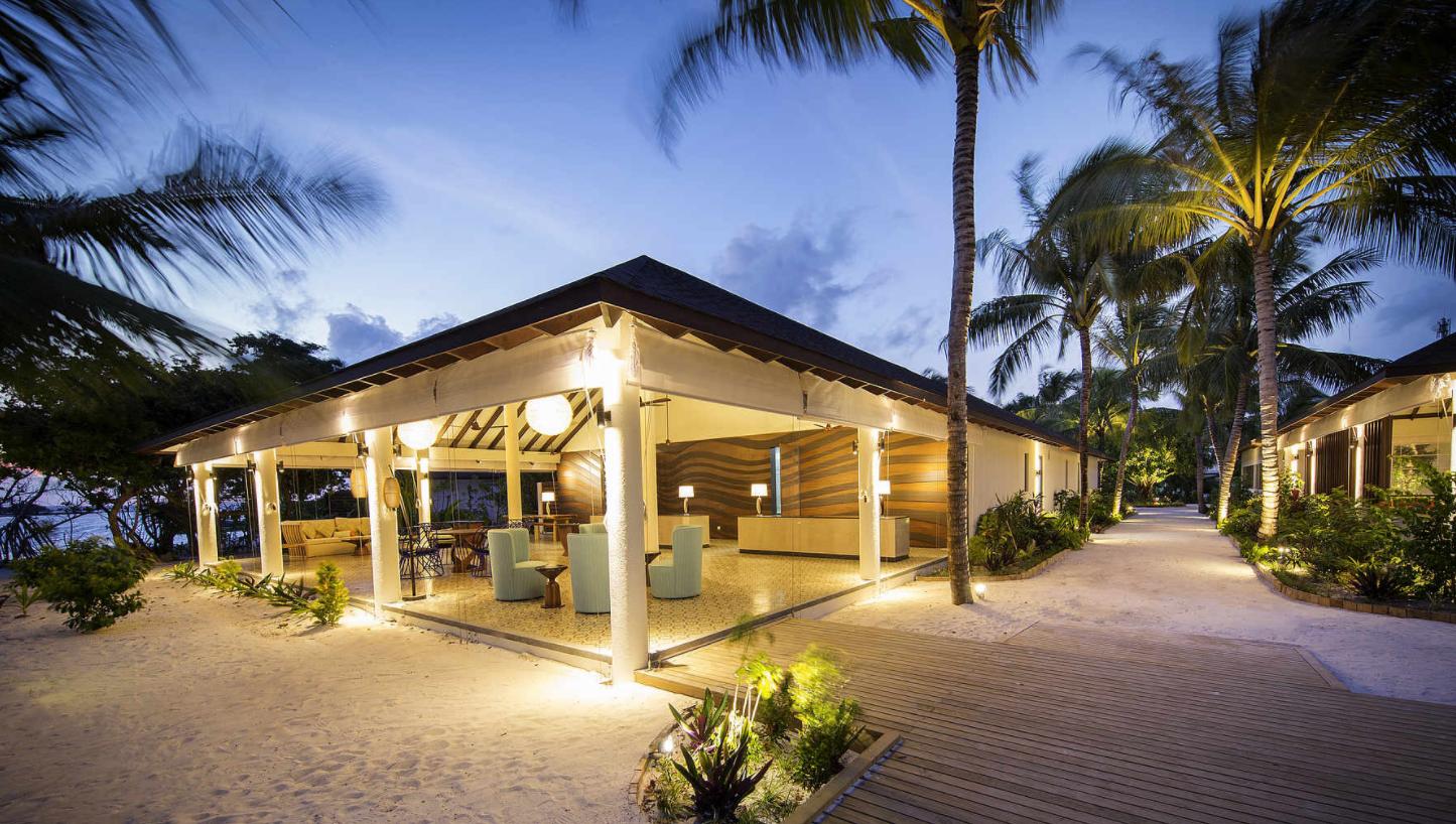 鲁滨逊诺鲁岛 Robinson Club Noonu ,马尔代夫风景图片集:沙滩beach与海水water太美,泳池pool与水上活动watersport好玩