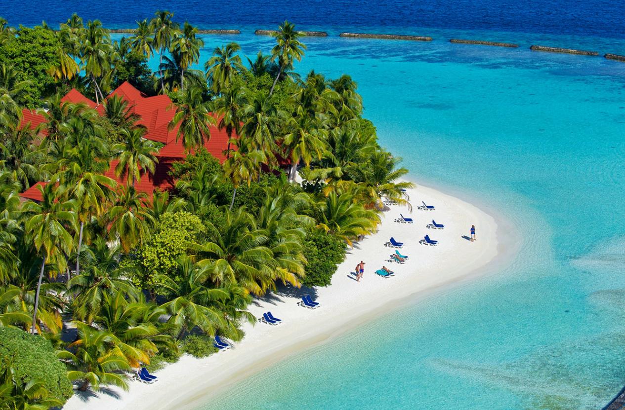 椰子岛|可伦巴岛 Kurumba ,马尔代夫风景图片集:沙滩beach与海水water太美,泳池pool与水上活动watersport好玩