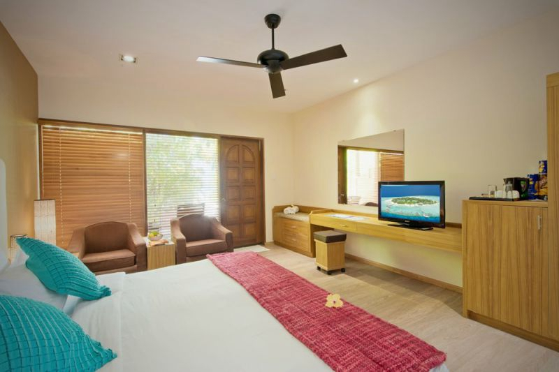 房型内部设施图片参考,如无边泳池与电视及音响, 豪华客房-Deluxe room maldievs(埃雅度 Eriyadu Island Resort)