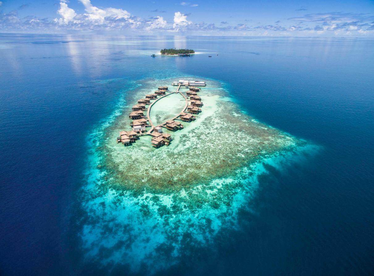 莱佛士梅拉德岛 Raffles Maldives Meradhoo 鸟瞰地图birdview map清晰版 马尔代夫