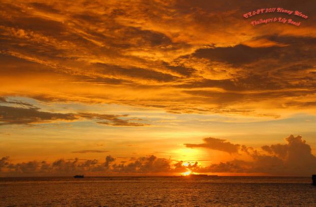 那一轮动人心魄的艳红朝阳