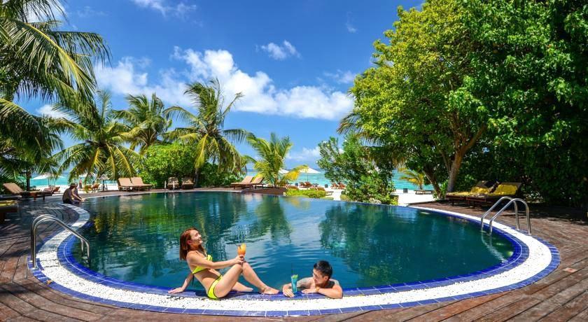 瓦度岛 Adaaran Vadoo ,马尔代夫风景图片集:沙滩beach与海水water太美,泳池pool与水上活动watersport好玩