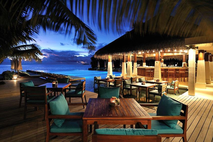 阿雅达岛 Ayada Maldives ,马尔代夫风景图片集:沙滩beach与海水water太美,泳池pool与水上活动watersport好玩
