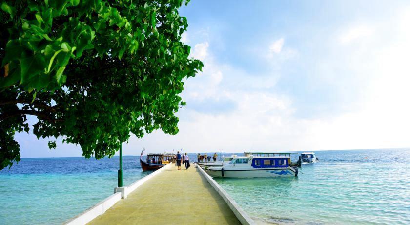 白雅湖岛 Biyadhoo Island ,马尔代夫风景图片集:沙滩beach与海水water太美,泳池pool与水上活动watersport好玩