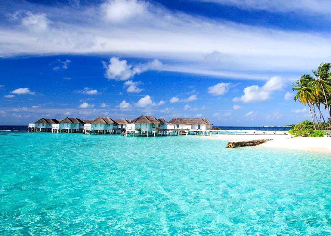 中央格兰德|圣塔拉岛 Centara Grand ,马尔代夫风景图片集:沙滩beach与海水water太美,泳池pool与水上活动watersport好玩