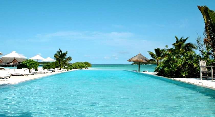 可可亚岛 Cocoa ,马尔代夫风景图片集:沙滩beach与海水water太美,泳池pool与水上活动watersport好玩