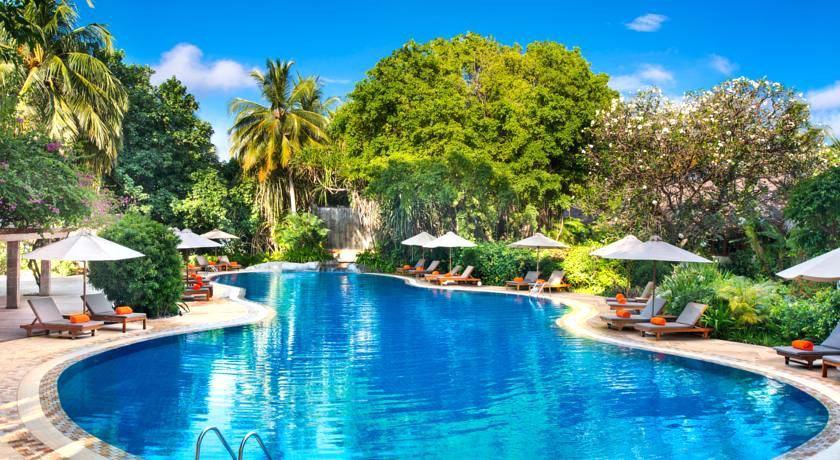 喜来登满月岛|满月岛 Full Moon ,马尔代夫风景图片集:沙滩beach与海水water太美,泳池pool与水上活动watersport好玩