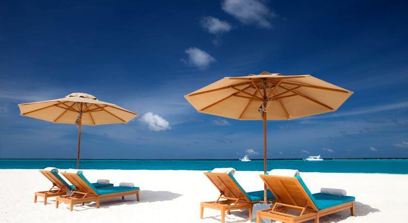 伊露岛 Irufushi ,马尔代夫风景图片集:沙滩beach与海水water太美,泳池pool与水上活动watersport好玩