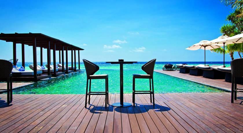 德瓦娜芙希 Dhevanafushi Maldives Luxury Resort ,马尔代夫风景图片集:沙滩beach与海水water太美,泳池pool与水上活动watersport好玩