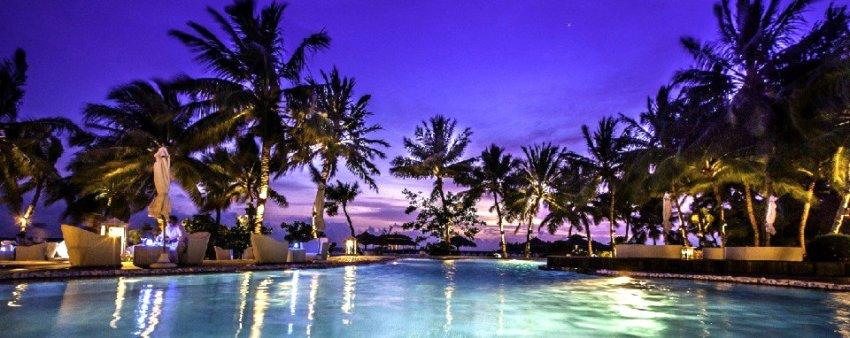 吉哈岛 Kihaa ,马尔代夫风景图片集:沙滩beach与海水water太美,泳池pool与水上活动watersport好玩