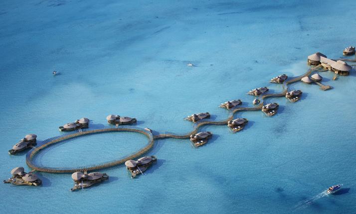 索尼娃贾尼岛 Soneva Jani ,马尔代夫风景图片集:沙滩beach与海水water太美,泳池pool与水上活动watersport好玩