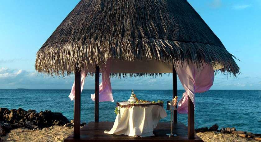 泰姬珊瑚岛 Taj Coral Reef Resort ,马尔代夫风景图片集:沙滩beach与海水water太美,泳池pool与水上活动watersport好玩