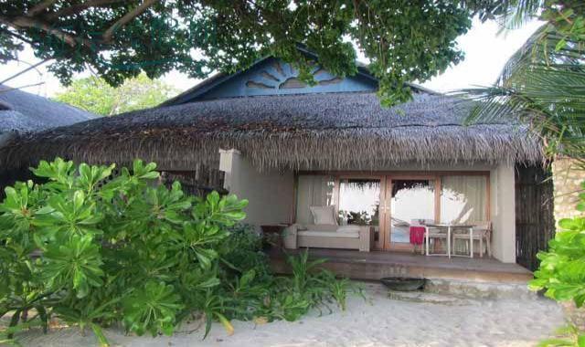 高级沙滩别墅-Superior Charm Beach Villa 房型图片及房间装修风格(泰姬珊瑚岛 Taj Coral Reef Resort)海岛马尔代夫