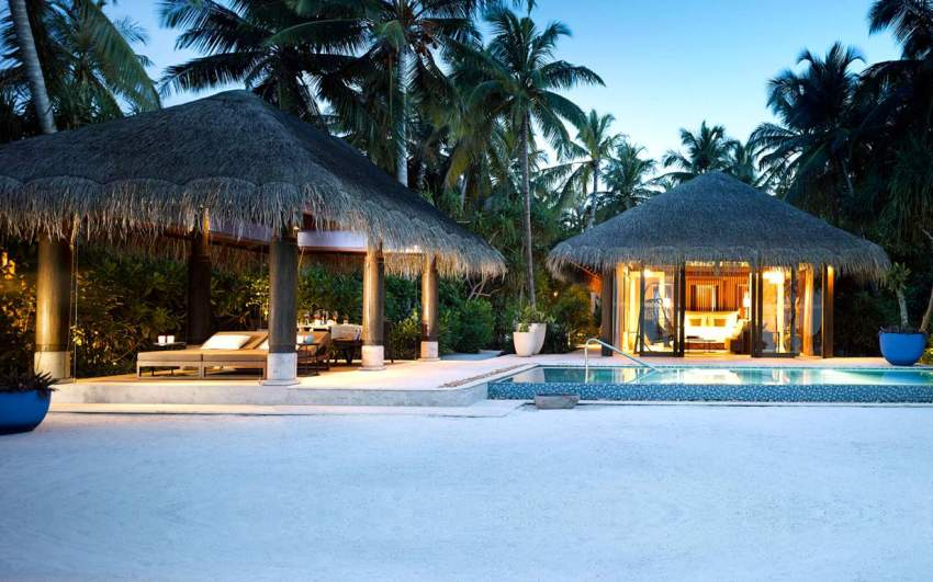 沙滩泳池别墅-Beach Pool Villa 房型图片及房间装修风格(维拉私人岛 Velaa Private Island)海岛马尔代夫