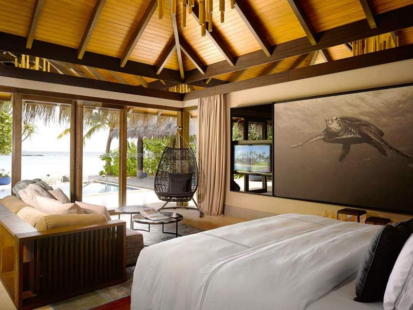 房型内部设施图片参考,如无边泳池与电视及音响, 沙滩泳池别墅-Beach Pool Villa maldievs(维拉私人岛 Velaa Private Island)