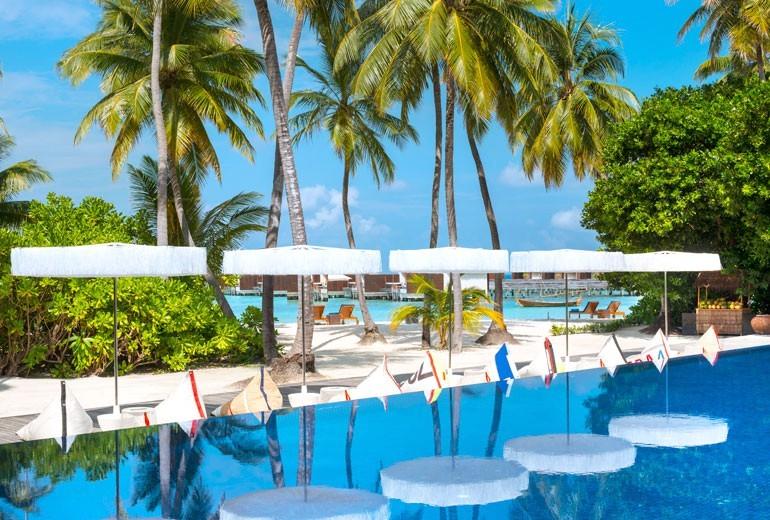 W岛|宁静岛 W Retreat ,马尔代夫风景图片集:沙滩beach与海水water太美,泳池pool与水上活动watersport好玩