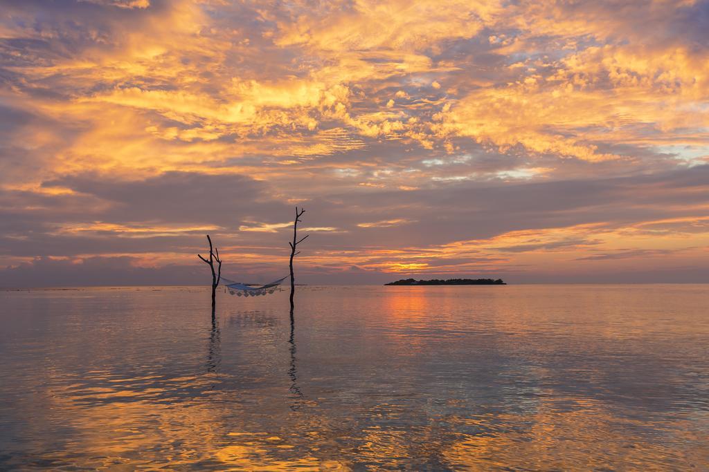 伊露薇丽岛 Sun Aqua Iru Veli ,马尔代夫风景图片集:沙滩beach与海水water太美,泳池pool与水上活动watersport好玩